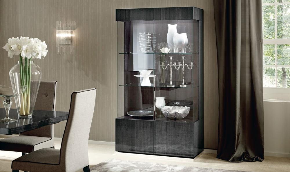 ALF ITALIA itališki svetainės ir valgomojo baldai Montecarlo indauja vitrina