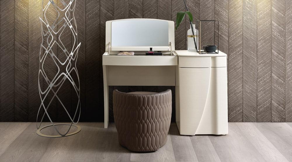 Camelgroup itališki miegamojo baldai Luna ksometinis staliukas (3)