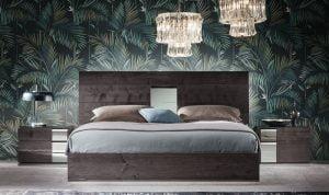 Italiski baldai Heritage naktine spintele (1)