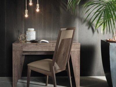 Italiski-miegamojo-baldai-Matera-kosmetinis-staliukas-2.jpg