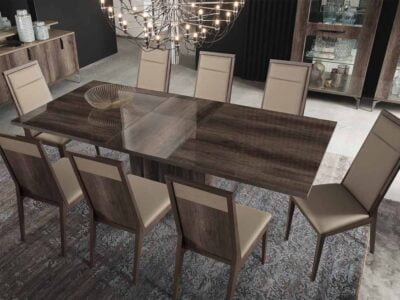 Matera valgomojo stalas