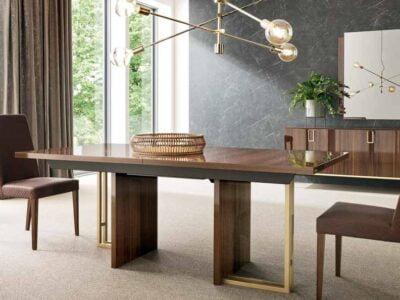 Mid-Century valgomojo-stalas