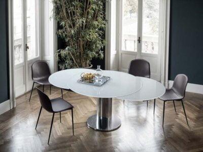 Giro valgomojo stalas su išdidinomo elementu