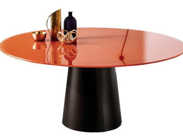 italiski baldai stiklinis apvalus stalas Sovet Totem