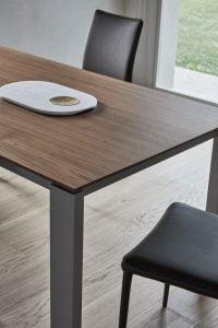 tom-valgomojo-stalas
