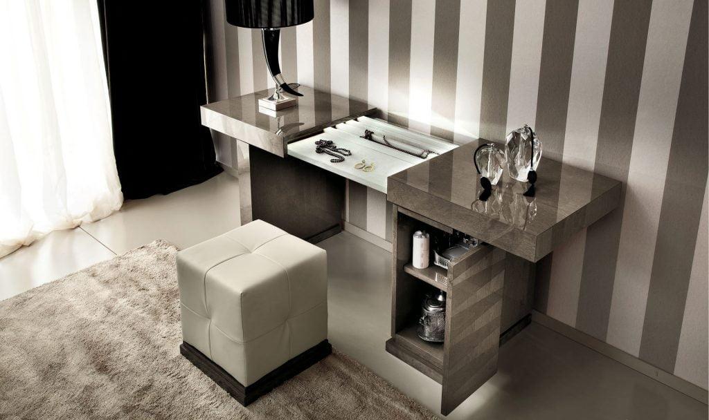 Italiski miegamojo baldai Monaco kosmetinis stalelis (1)