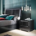 Italiski miegamojo baldai Versilia naktine spintele