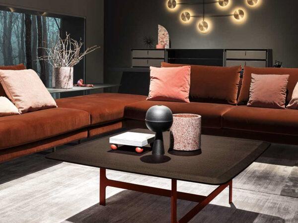 Italsiki baldai kavos ir zurnalinis staliukas Malmo (4)