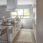 Klasikinės virtuvės baldai-komplektas Chalet 881 (2)