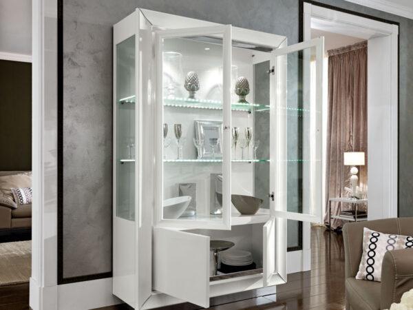 Camelgroup itališki svetainės ir valgomojo baldai Dama Bianca indauja vitrina