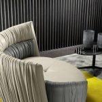 Prianera italiski minksti baldai fotelis odeon love seat (7)