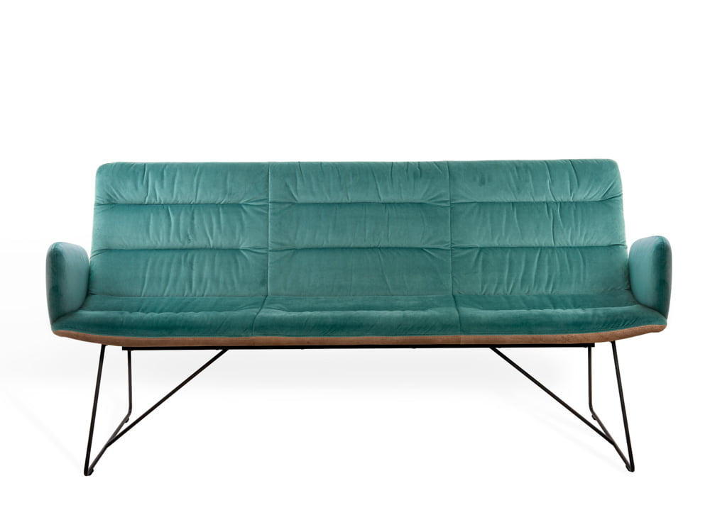 Vokiški baldai ARVA-LIGHT sofa zalia (1)