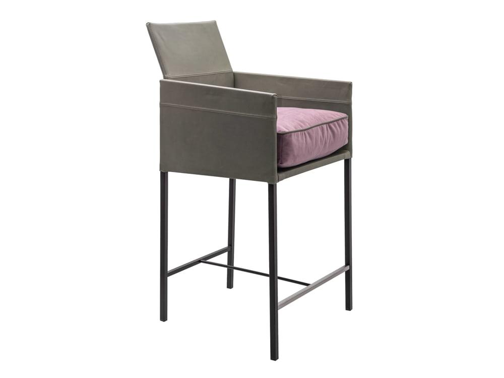 Vokiški baldai baro kėdė TEXAS armrests-KFF (1)