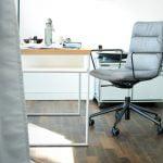 Vokiški baldai darbo kambario kėdė ARVA-LIGHT (2)